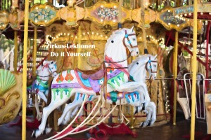 carousel-horses-1434079_1920